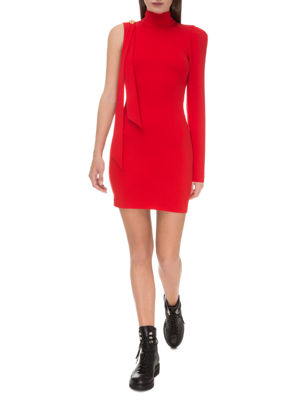 Red mini dress with a brooch